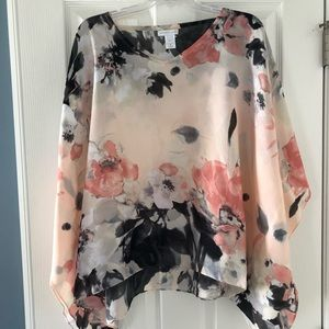Beautiful floral poncho!